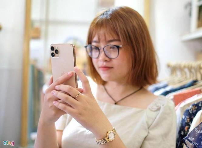Smartphone cao cấp đời mới đua nhau giảm giá tại Việt Nam ảnh 5