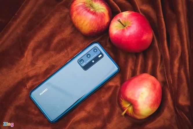 Smartphone cao cấp đời mới đua nhau giảm giá tại Việt Nam ảnh 10