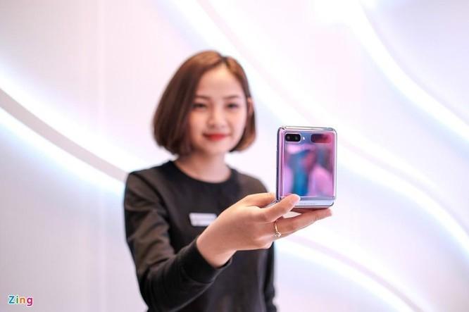 Smartphone cao cấp đời mới đua nhau giảm giá tại Việt Nam ảnh 1