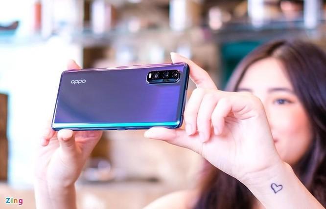 Smartphone cao cấp đời mới đua nhau giảm giá tại Việt Nam ảnh 8