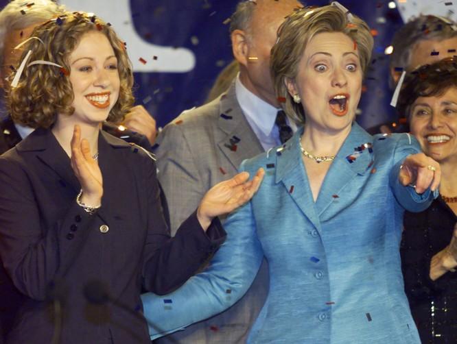 Bà Hillary Clinton đang nhận được sự ủng hộ ngày càng lớn của giới truyền thông và cử tri Mỹ