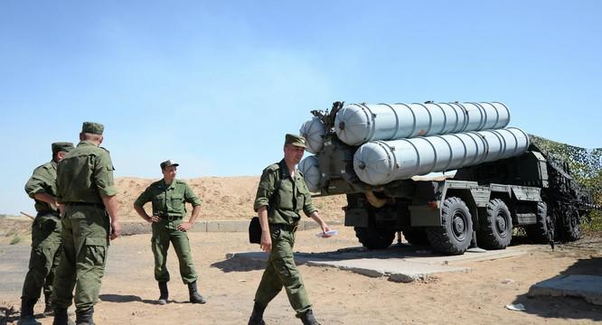 Nga đã triển khai các hệ thống S-300 và S-400 đến Syria
