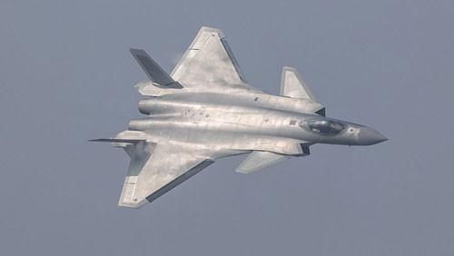 """Chuyên gia Nga mổ xẻ """"bảo bối"""" J-20 Trung Quốc ảnh 1"""