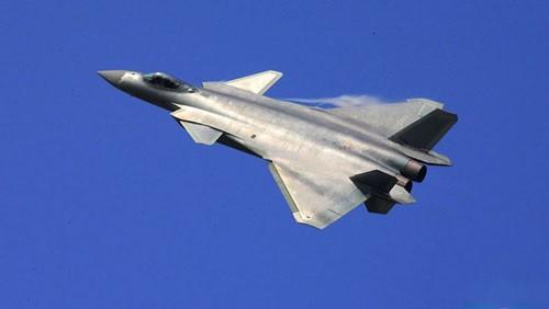 """Chuyên gia Nga mổ xẻ """"bảo bối"""" J-20 Trung Quốc ảnh 2"""