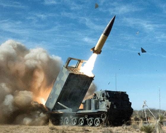 """Biển Đông: Mỹ chuẩn bị """"tên lửa trận"""" đối phó đảo nhân tạo Trung Quốc ảnh 1"""
