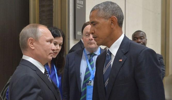 Sự căng thẳng giữa đôi bên trước đây thể hiện rõ qua gương mặt hai nguyên thủ....