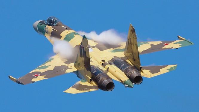 Trung Quốc đàm phán mua phi đội 24 chiến đấu cơ Su-35 của Nga