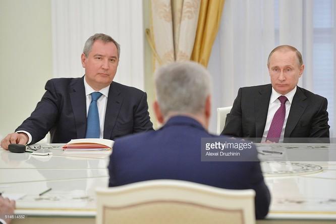 Ông Rogozin được tổng thống Putin tin cậy