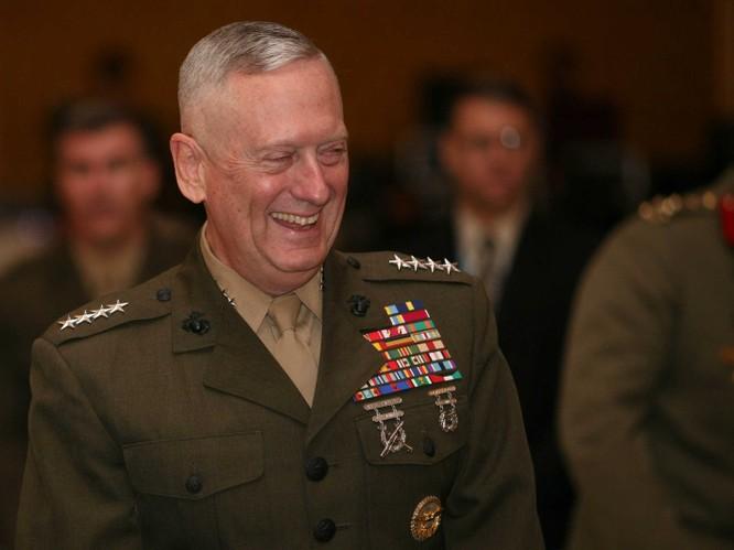 Tướng hồi hưu James Mattis được chọn làm bộ trưởng quốc phòng
