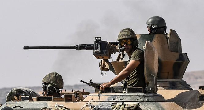 Quân đội Thổ Nhĩ Kỳ đã trực tiếp can thiệp quân sự vào cuộc chiến Syria