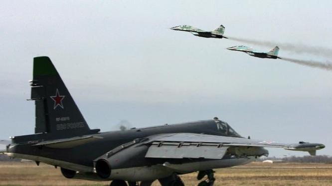 Chiến đấu cơ Nga xuất kích tấn công mục tiêu tại Syria