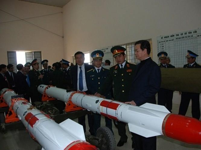 Chỉ hai quả tên lửa Kh-59 trên Su-30MK2 có thể tiêu diệt một tàu tuần dương hoặc khu trục hạm