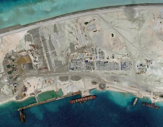 Trung Quốc đã xây dựng khoảng 20 công sự kiên cố được cho là hầm chứa các khẩu đối tên lửa phòng không tầm xa HQ-9
