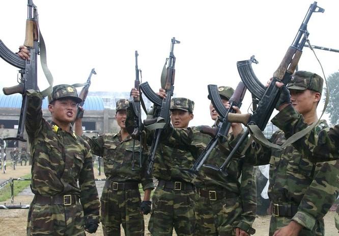 Triều Tiên có lực lượng lục quân đông đảo