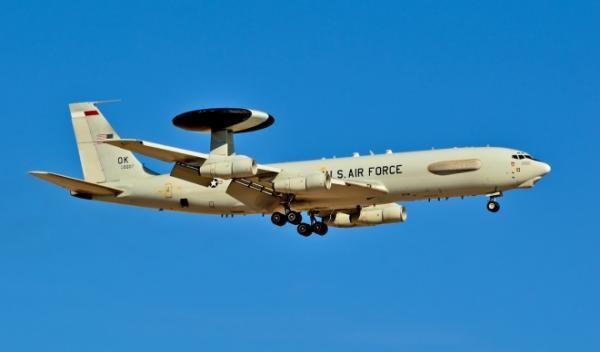 Mỹ vẫn chiếm ưu thế tuyệt đối về năng lực tác chiến điện tử. Trong ảnh là máy bay chuyện nhiệm tác chiến điện tử EA-18G Growler của Mỹ
