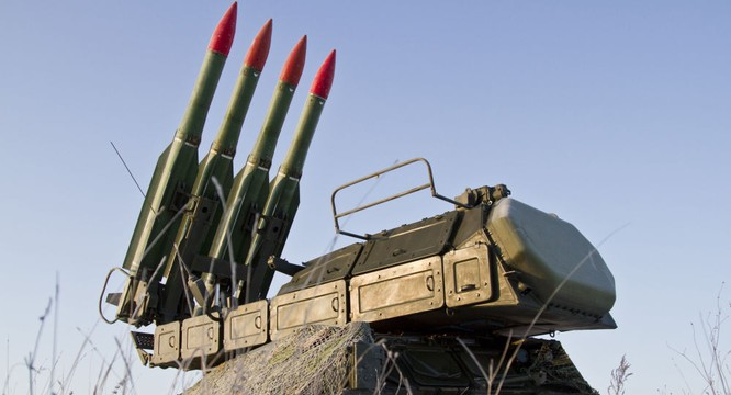 Hệ thông tên lửa phòng phông tầm trung Buk-M2 của Nga