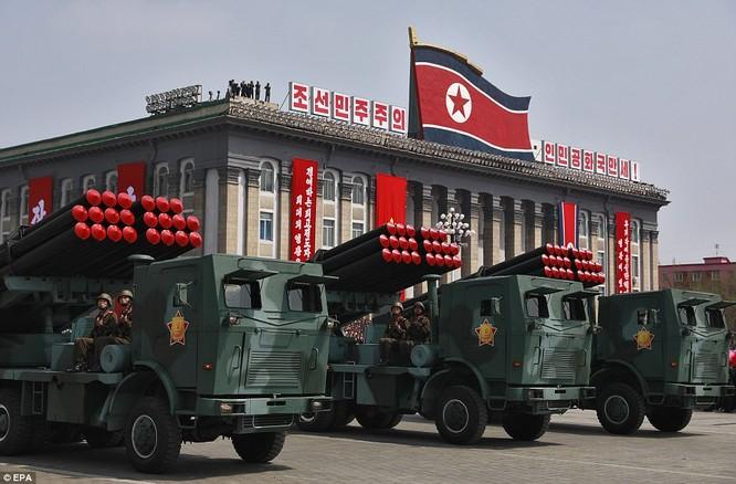 Dàn pháo phản lực phóng loạt đáng sợ của quân đội Triều Tiên