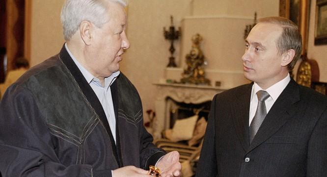 Ông Putin đã xây dựng hình ảnh một nước Nga hoàn toàn khác với thời người tiền nhiệm B. Yeltsin