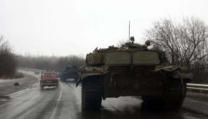 Xe tăng của lực lượng dân quân Donbass