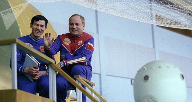 Các thành viên phi hành đoàn tàu vũ trụ