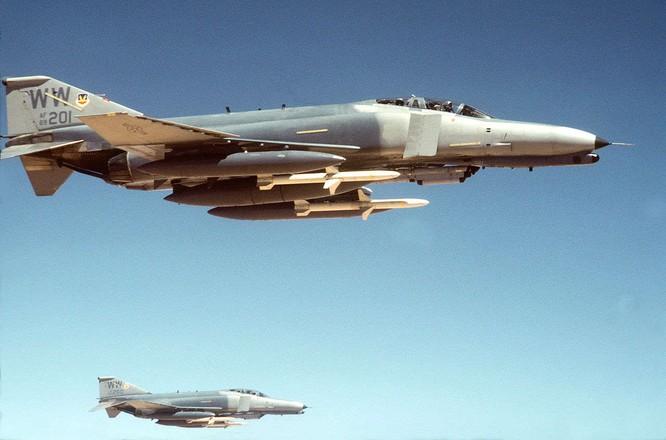 Phi đội F-4G