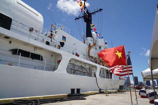 Tàu USCGC Morgenthau lớp Hamilton được chuyển giao cho Cảnh sát biển Việt Nam tại buổi lễ ở Hawaii sáng 25/5