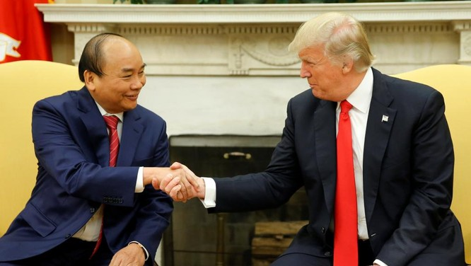 Tổng thống Mỹ Donald Trump tiếp đón Thủ tướng Nguyễn Xuân Phúc tại Nhà Trắng