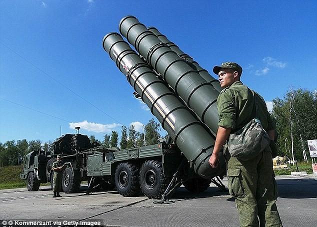 Nga đã triển khai các hệ thống tên lửa S-400 tại Syria đề phòng bất trắc