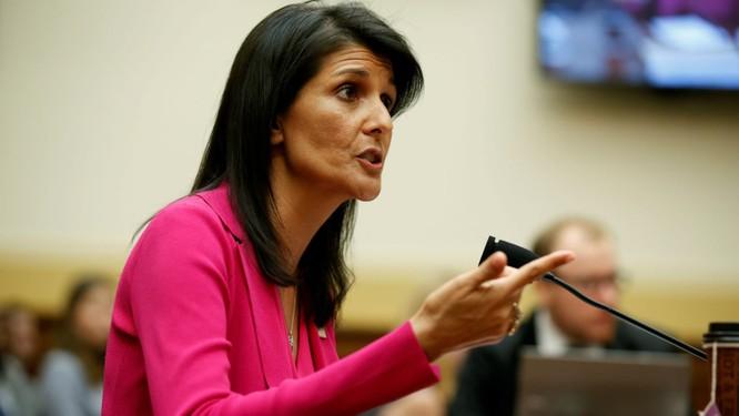Đại sứ Mỹ tại Liên Hợp quốc Nikki Haley liên tục đưa ra những lời đe dọa
