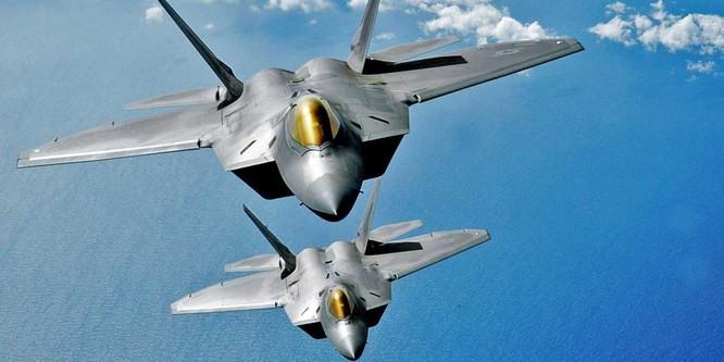 Chiến đấu cơ F-22 tối tân của Mỹ