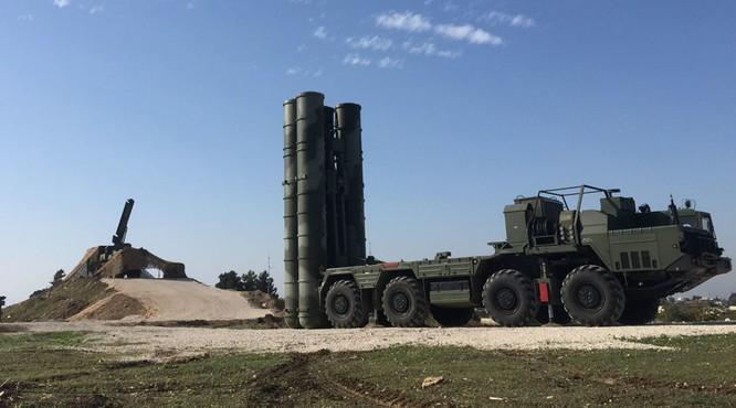 Nga cũng đã điều các hệ thống S-300, S-400 khét tiếng đến chiến trường Syria
