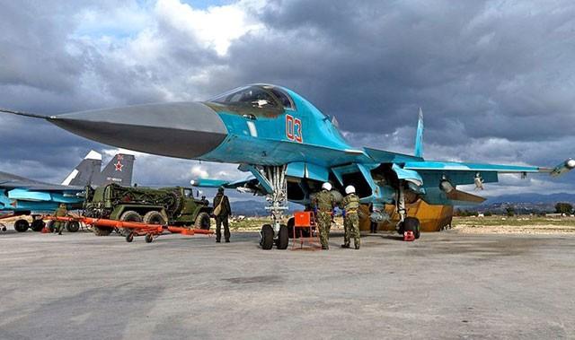 Nga tung hoành chiến trường Syria với dàn siêu chiến cơ ảnh 1