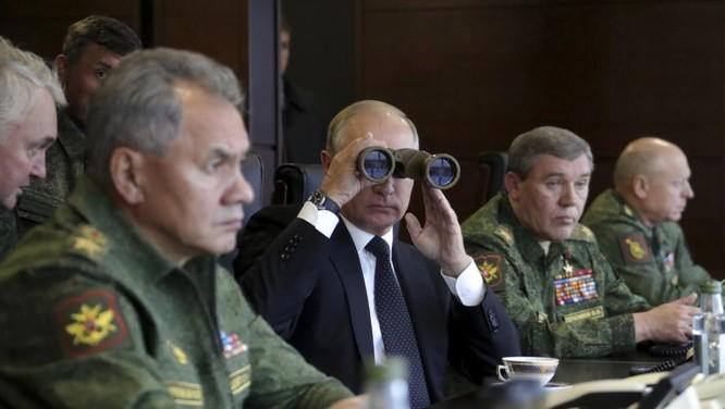 Tổng thống Putin quan sát cuộc tập trận Zapad ngày 18/9