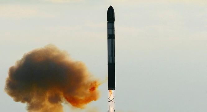 Tên lửa Sarmat khai hỏa