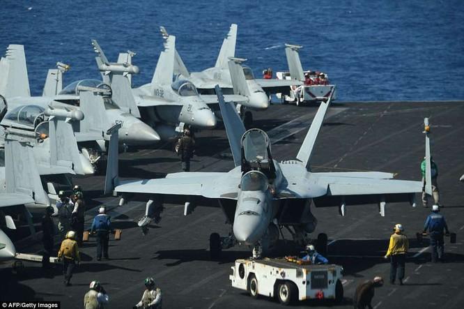 """Phi cơ """"Ngày tận thế"""" của Mỹ cất cánh, đại chiến Syria lăm le bùng nổ ảnh 1"""