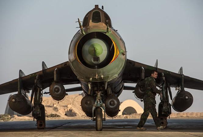 Máy bay Su-22 của Syria tại căn cứ không quân của quân đội Syria ở tỉnh Homs