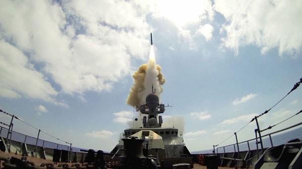 """""""Thần chết"""" Kalibr Nga giáng đòn Syria: Đô đốc Mỹ thừa nhận """"ấn tượng"""" ảnh 1"""