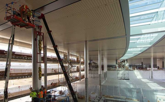 Cận cảnh nội thất tòa nhà phi thuyền sắp hoàn thành của Apple ảnh 1