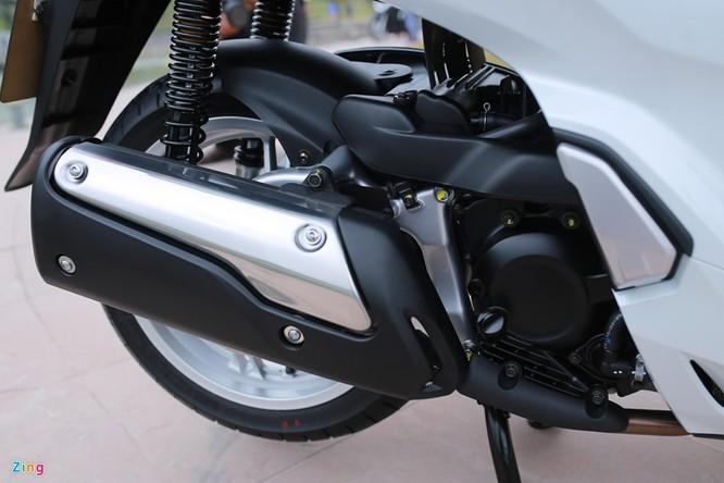 Cận cảnh Honda SH 300i ABS giá 248 triệu vừa ra mắt ở Việt Nam ảnh 11