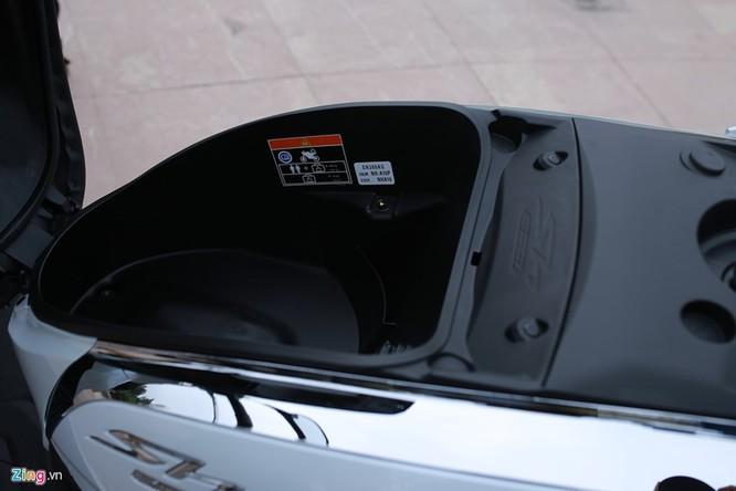 Cận cảnh Honda SH 300i ABS giá 248 triệu vừa ra mắt ở Việt Nam ảnh 12