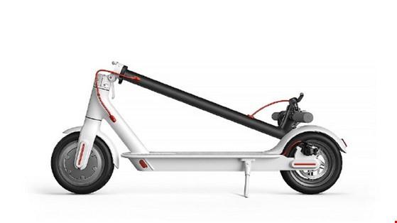 Mi Electric Scooter: Ý tưởng đột phá cho giải pháp kẹt xe ảnh 2