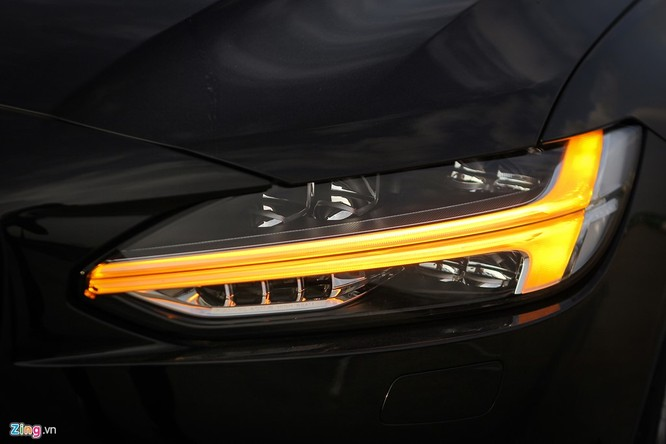 Volvo S90: Giá hơn 2 tỷ, cạnh tranh E-Class tại VN ảnh 4