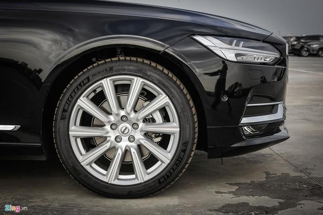 Volvo S90: Giá hơn 2 tỷ, cạnh tranh E-Class tại VN ảnh 5