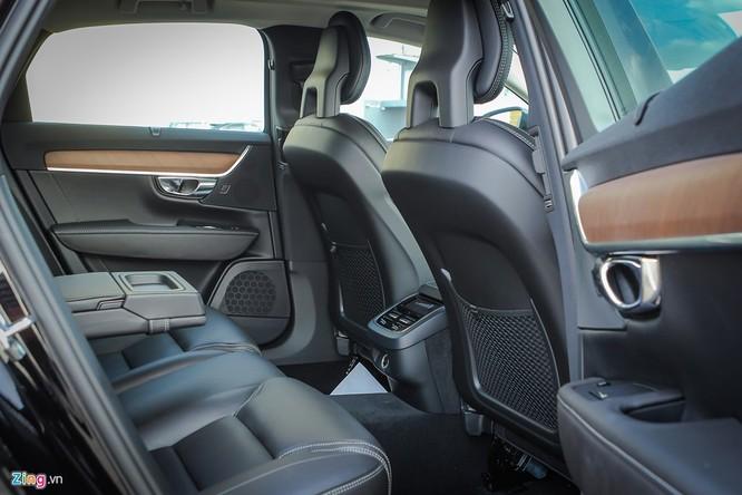 Volvo S90: Giá hơn 2 tỷ, cạnh tranh E-Class tại VN ảnh 11
