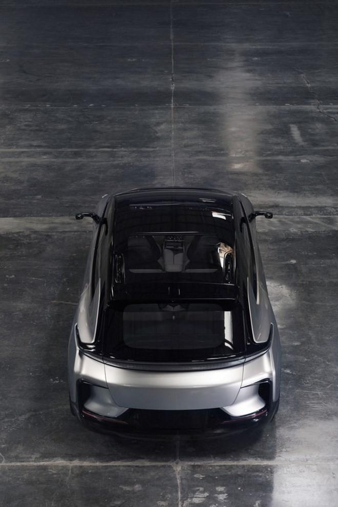 Công ty vô danh tuyên bố ra xe điện nhanh nhất thế giới ảnh 3