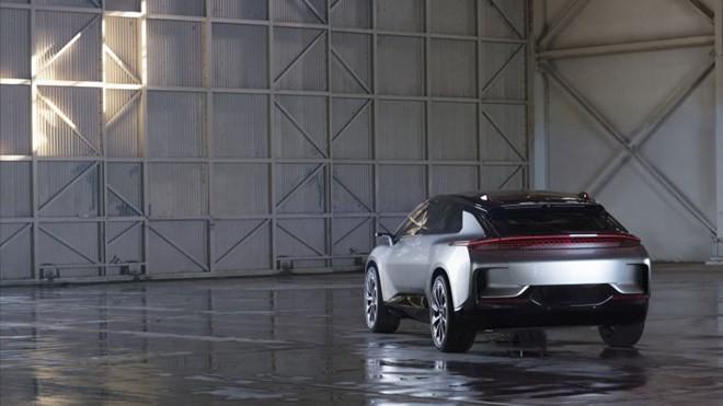 Công ty vô danh tuyên bố ra xe điện nhanh nhất thế giới ảnh 6