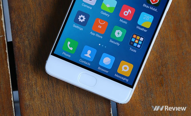 11 smartphone xách tay đáng mua để chơi Tết 2017 ảnh 7