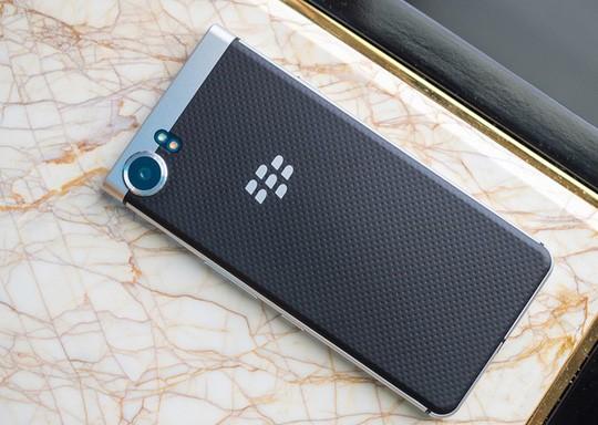 Cận cảnh BlackBerry Mercury với bàn phím cứng ảnh 5