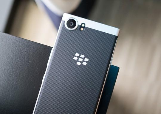Cận cảnh BlackBerry Mercury với bàn phím cứng ảnh 6