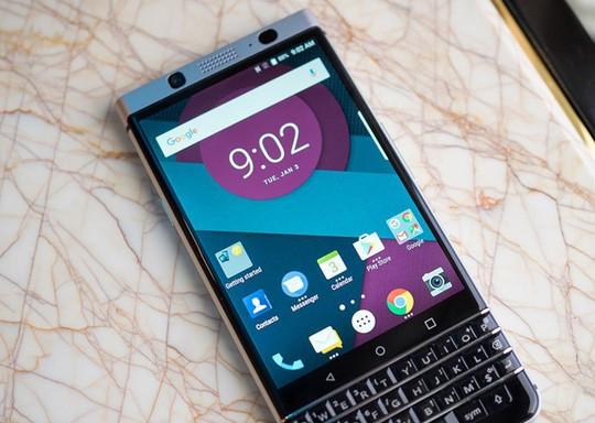 Cận cảnh BlackBerry Mercury với bàn phím cứng ảnh 7